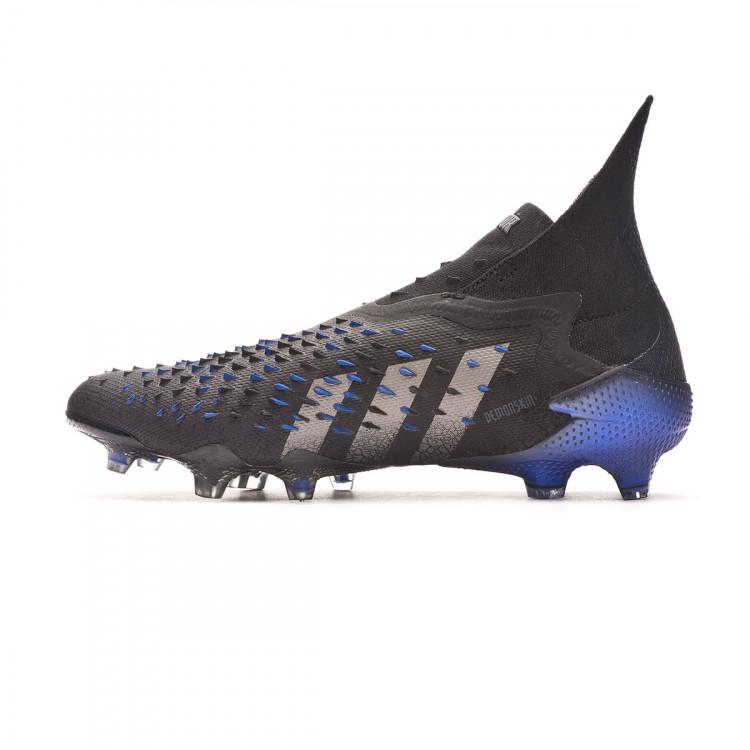 bota-adidas-predator-freak-fg-negro-2.jpg