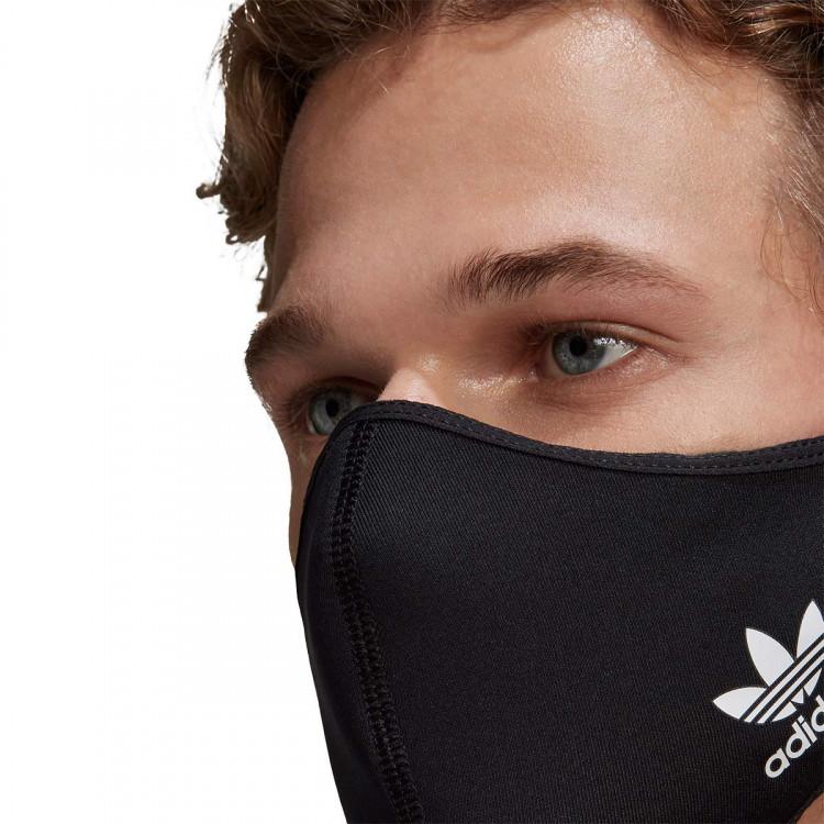 mascarilla-adidas-face-cover-blackblackblack-2.jpg