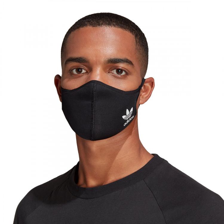mascarilla-adidas-face-cover-whitebluebirdblack-1.jpg