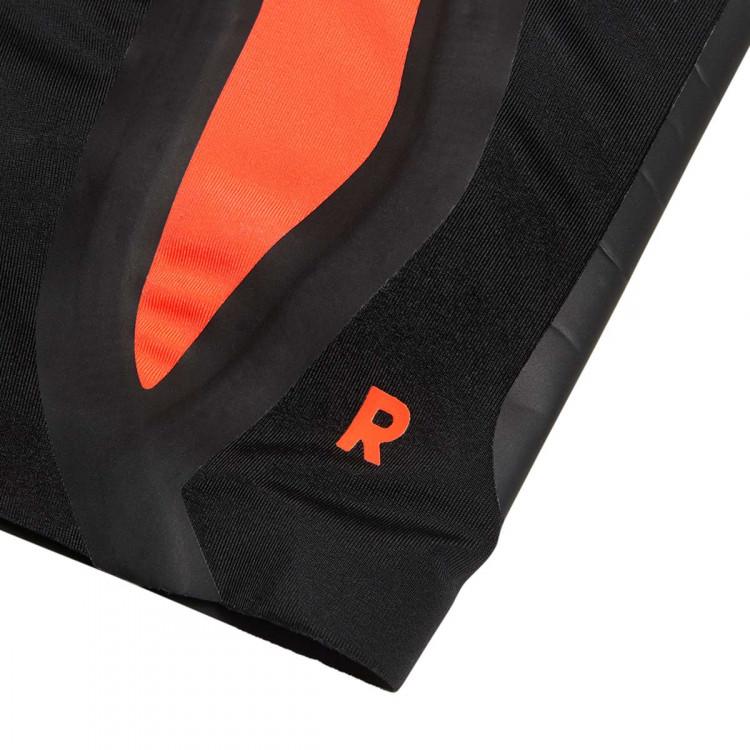 espinillera-adidas-predator-pro-solar-red-black-2.jpg
