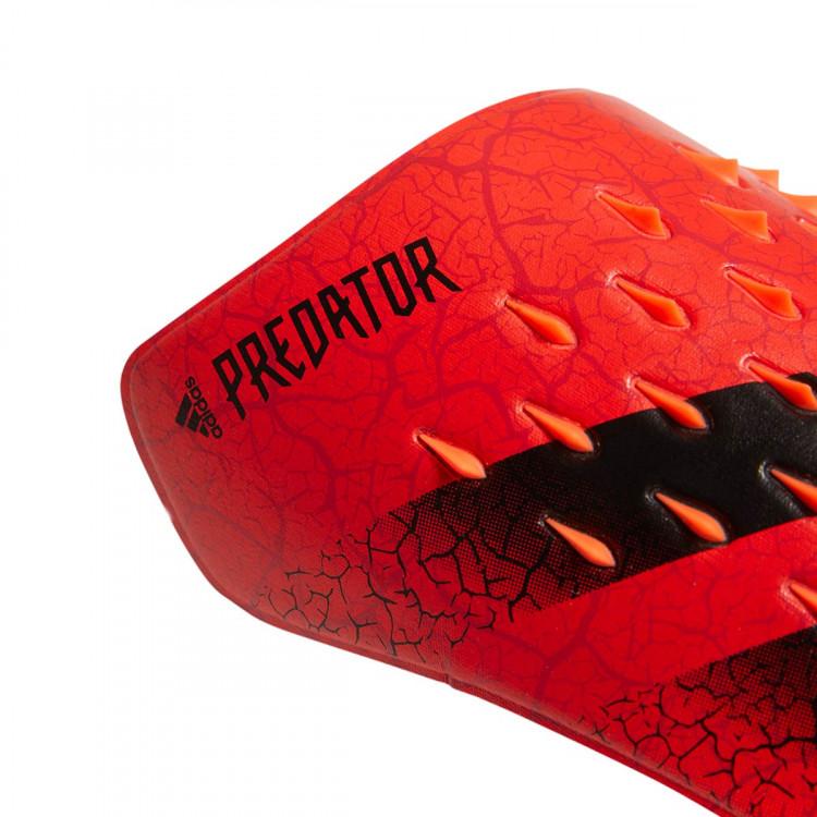 espinillera-adidas-predator-competition-solar-red-black-1.jpg