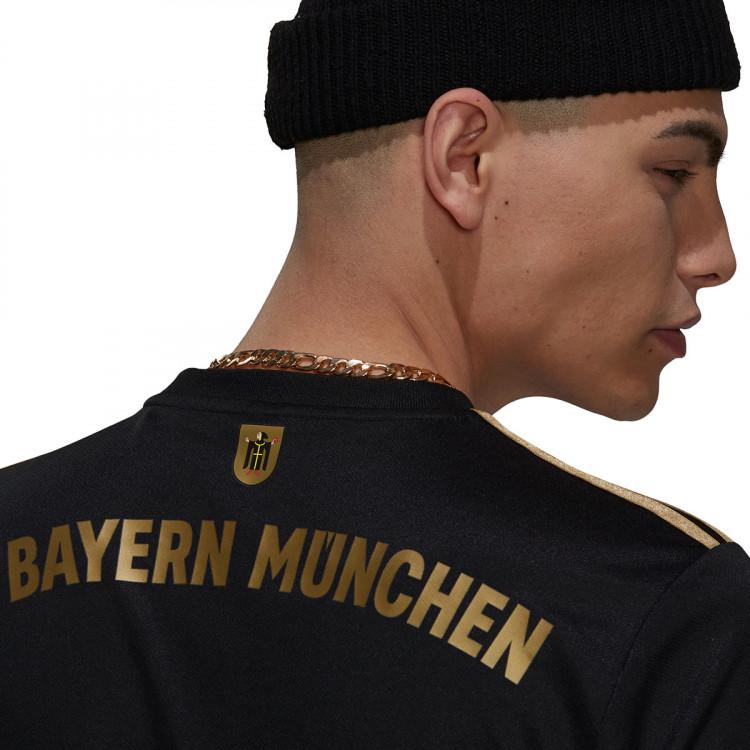 camiseta-adidas-fc-bayern-de-munich-segunda-equipacion-2021-2022-black-4.jpg
