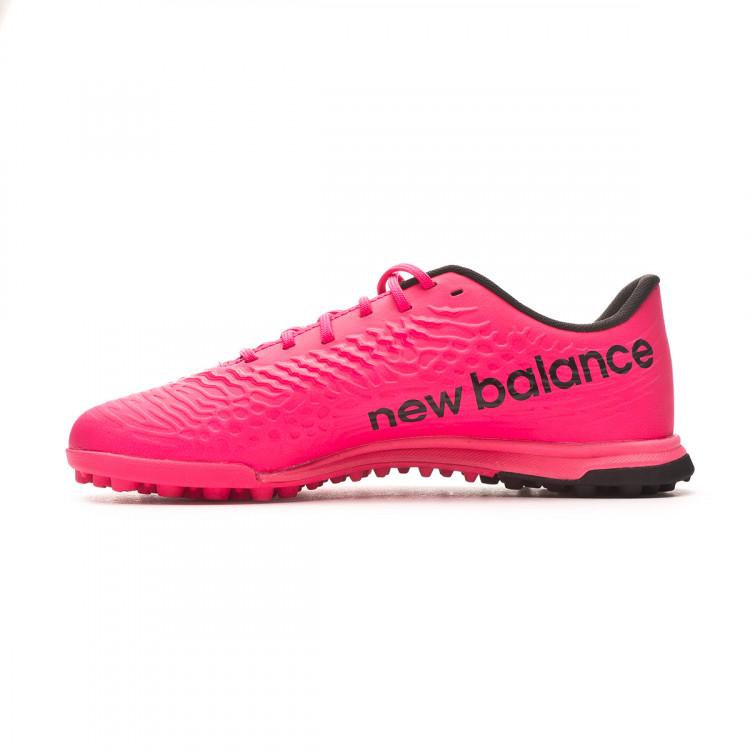 bota-new-balance-tekela-v3-magique-turf-nino-rosa-2.jpg