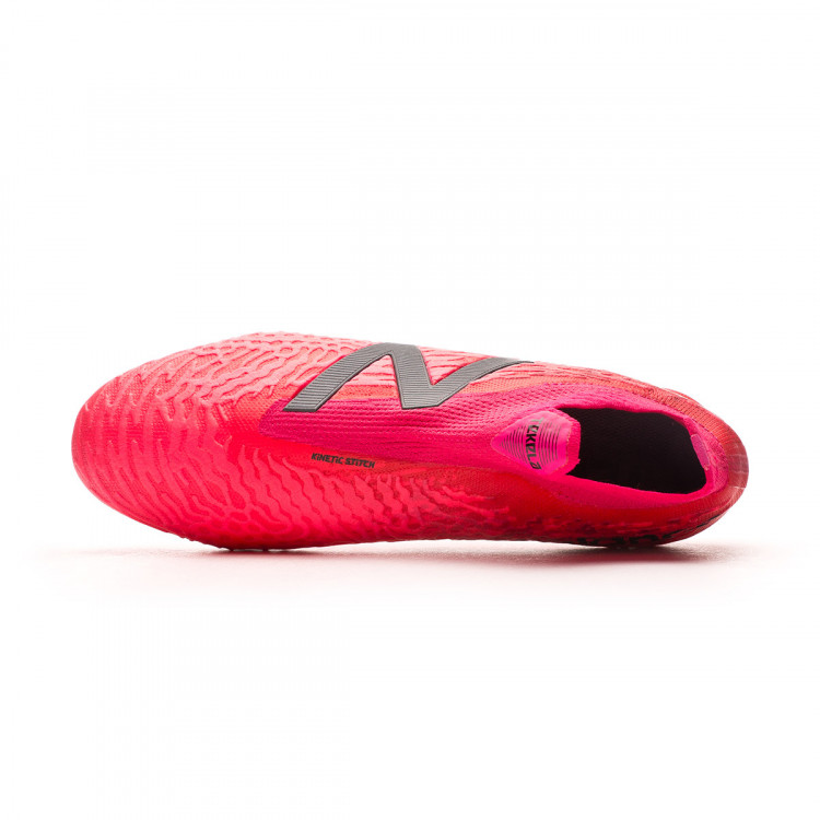 bota-new-balance-tekela-v3-pro-fg-rosa-4.jpg