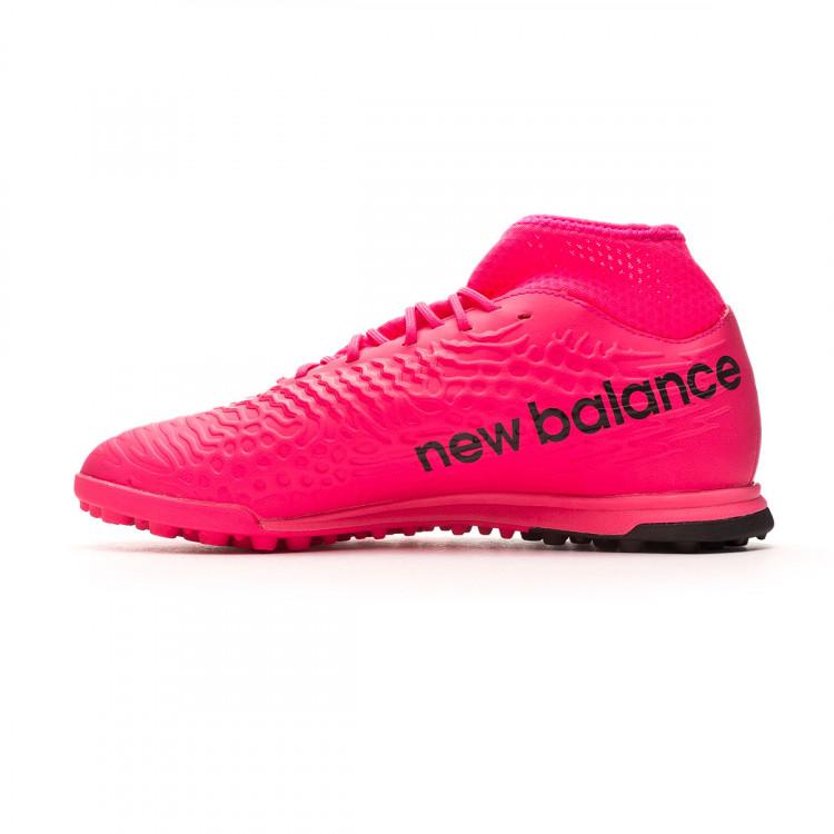 bota-new-balance-tekela-v3-magique-turf-rosa-2.jpg