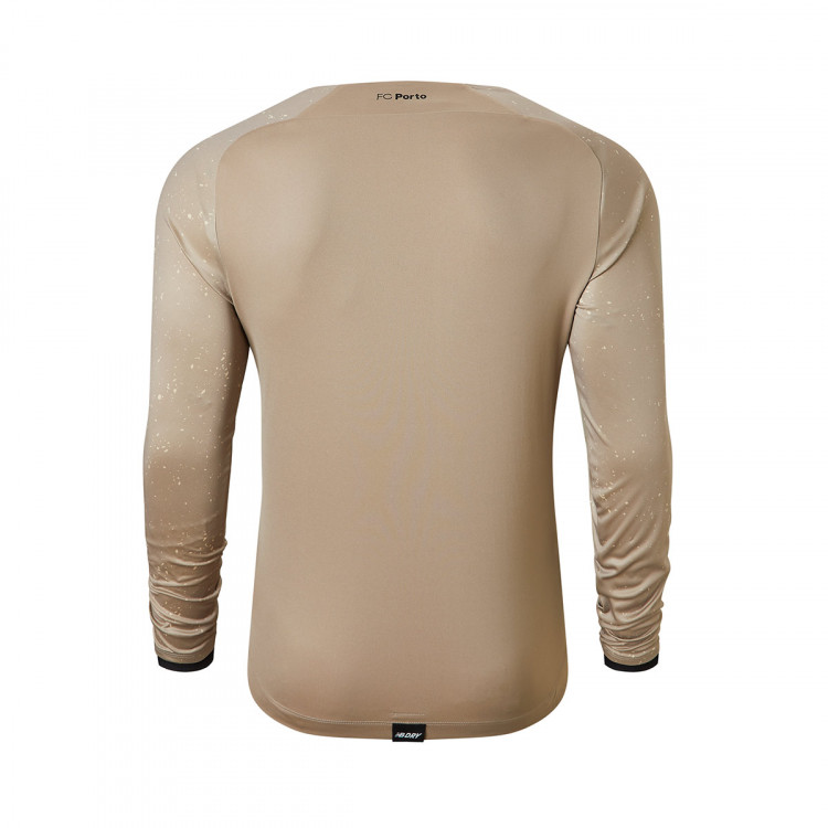 camiseta-new-balance-fc-porto-primera-equipacion-portero-2021-2022-gold-1.jpg