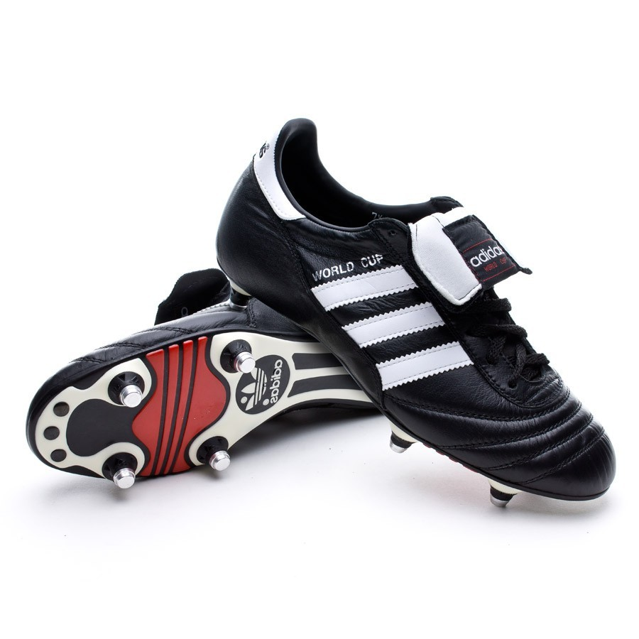 check out a425a 89841 Bota adidas World Cup Negra