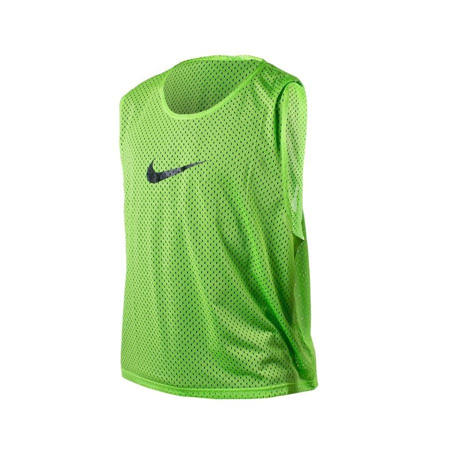 Peto Nike Team Scrimmage Verde Lima-Negro - Soloporteros es ahora ... 0cc668a2e5f