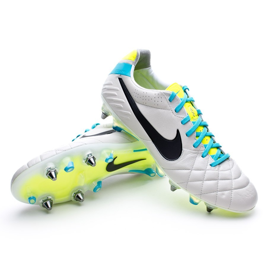 c477626b3a Boot Nike Tiempo Legend IV SG-Pro Bones-Blue - Leaked soccer