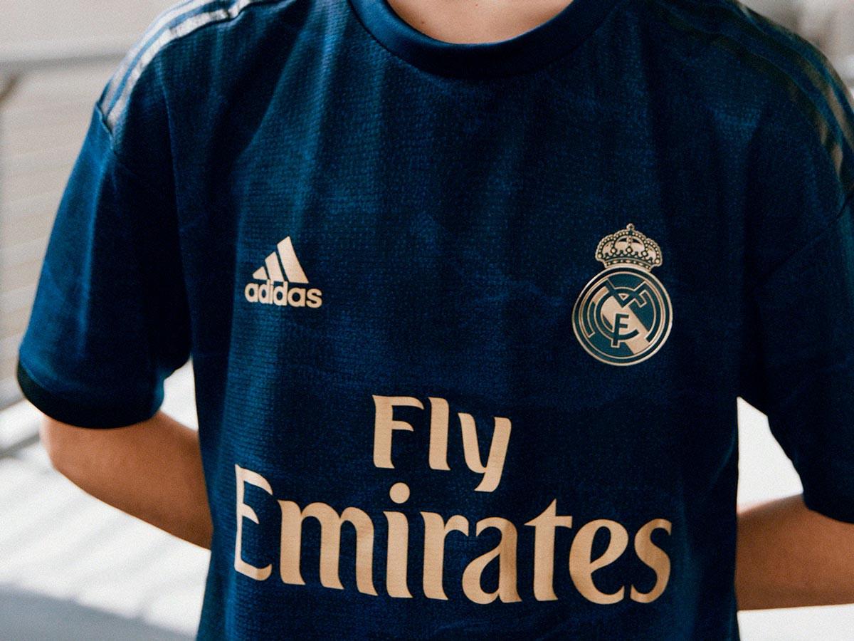 Real Madrid e adidas presentano la seconda maglia 2019/2020 - Blog ...