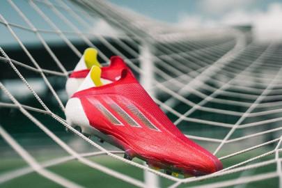 Nike Mercurial contra adidas X SpeedFlow / ¿Cuál es mejor?