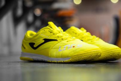 Nuove scarpe da calcetto Joma Cancha