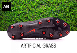 CHAUSSURES DE FOOTBALL POUR GAZON ARTIFICIEL