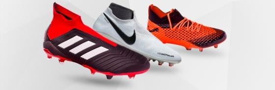 Footbal boots for men