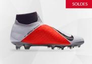 Chaussures de football Nike en promotion