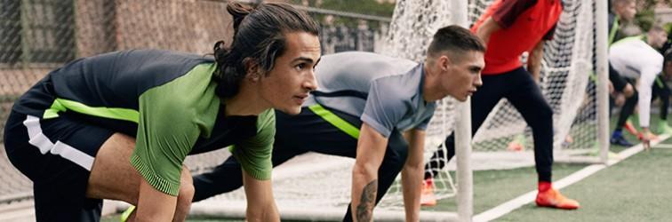 Equipaciones de fútbol individuales para partido o entrenamiento