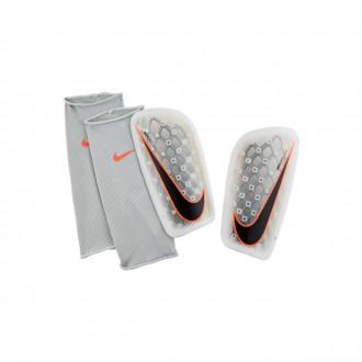 Caneleira  Nike Mercurial Flylite White