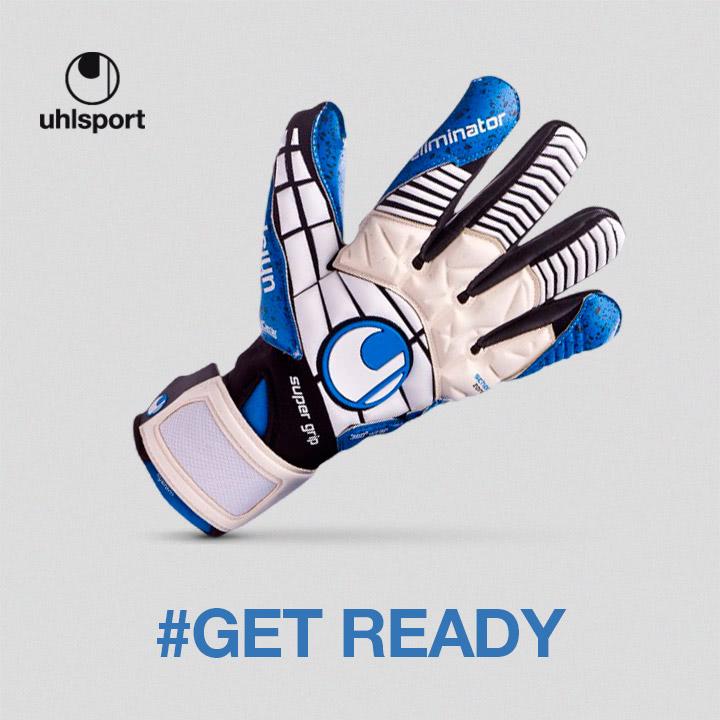 Uhlsport gloves at Soloporteros